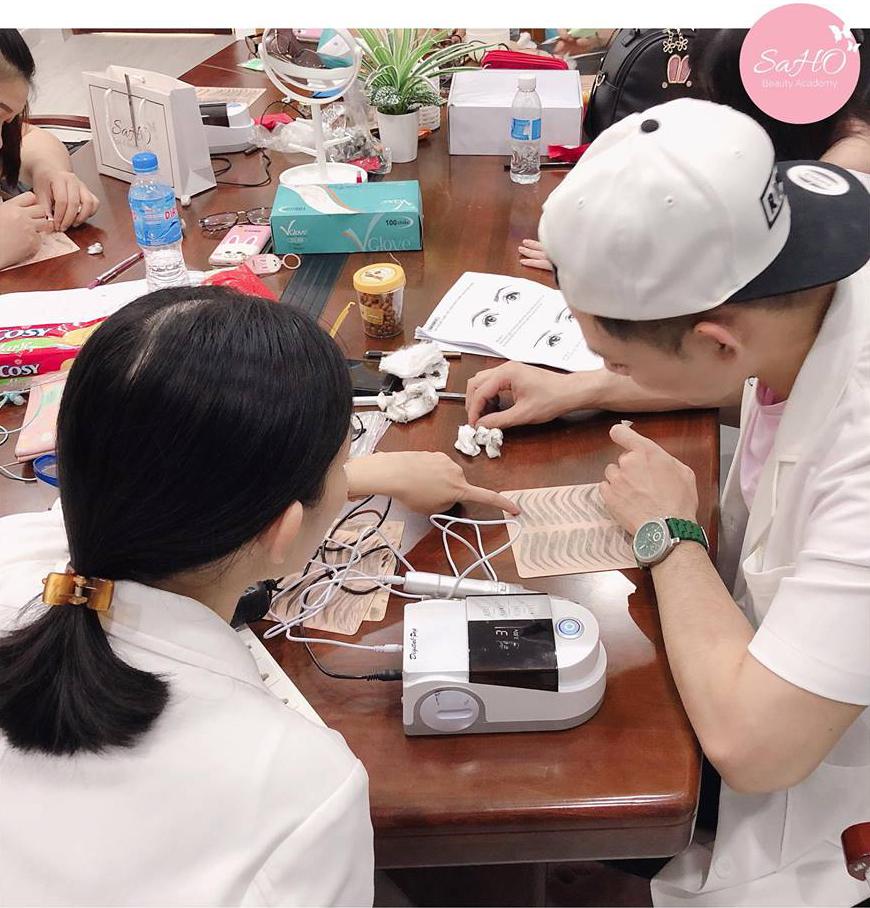 Khóa học phun xăm thẩm mỹ tại Học viện SAHO Beauty Academy Khoa-hoc-day-phun-xam-tham-my-quan-32